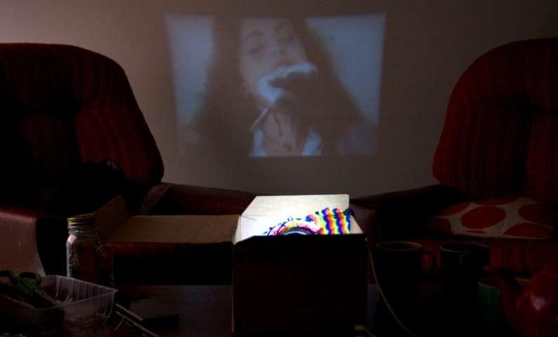送得起的私家浪漫:简易DIY手机投影仪 12 - Sneapy